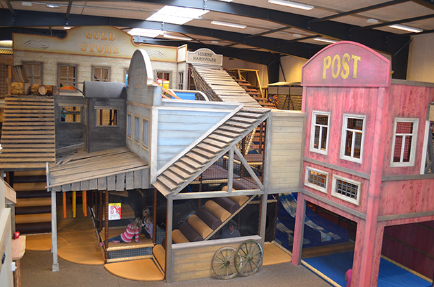 Indoor playground 3D theming - Wild West theme